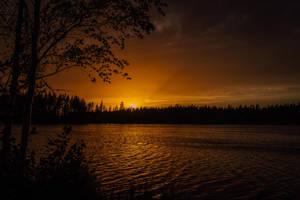 Sunset glow by mabuli