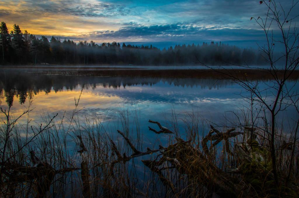 Cold dawn by mabuli