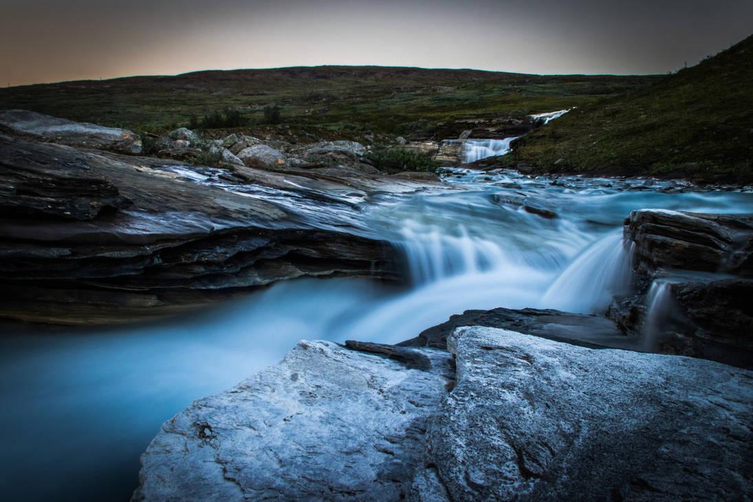 Water flow VII by mabuli