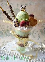 Panda Green Tea Parfait Photo Holder by KeoDear