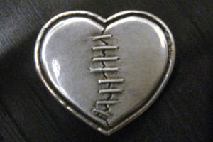 Mended Heart by metaltamer