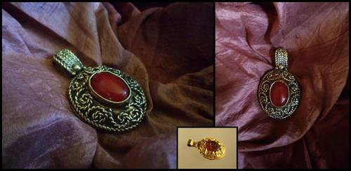 Carnelian pendant by UEdkaFShopie