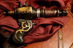 steampunk raygun by teatimeinc