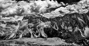 Dolomites BW by vw1956