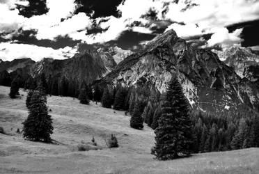 Austrian Mountains by sonnija
