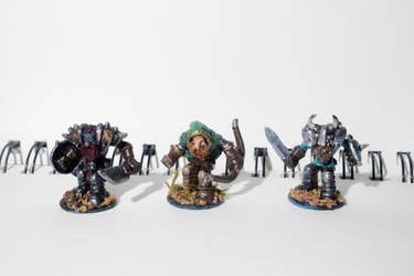 Miniatures conversions: wariors, and ranger by ElliugOmrot