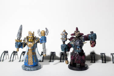 Miniatures conversions: King and orc warchief by ElliugOmrot