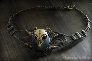 Steampunk Necklace Owl skull - Faux-taxidermy by CatherinetteRings
