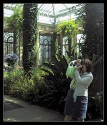Floral Paparazzo by BrainWalker