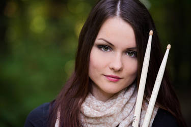 Drummer girl by knofla