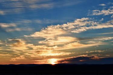 Smokey Sunrise by Poppies-CO