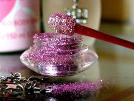Glitter.. by Sicknesser