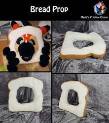 Auction - Funny bread prop by Maria-M--aka--Bakura