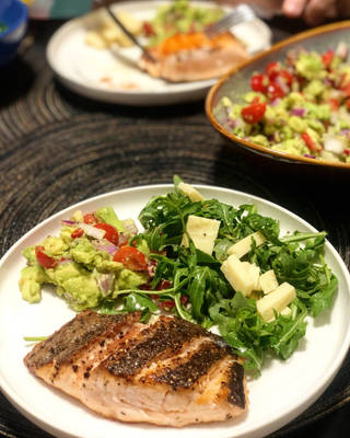 Pan-seared Salmon with Guacamole and Rocket Salad by nosugarjustanger