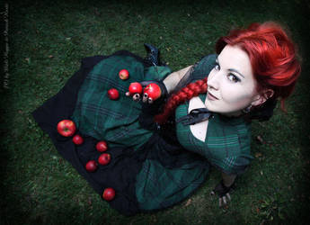 Red Apple 2 by MADmoiselleMeli