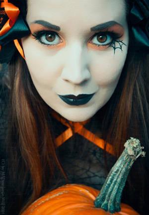 Halloweeeeeeeeen by MADmoiselleMeli