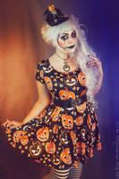 Little Miss Pumpkin by MADmoiselleMeli