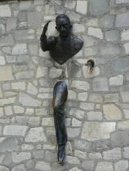 Le Passe-Muraille by MCkopath