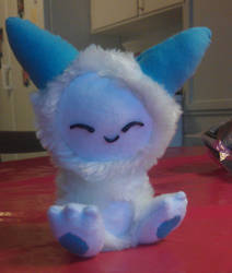 cat-thingy plush by Valerei