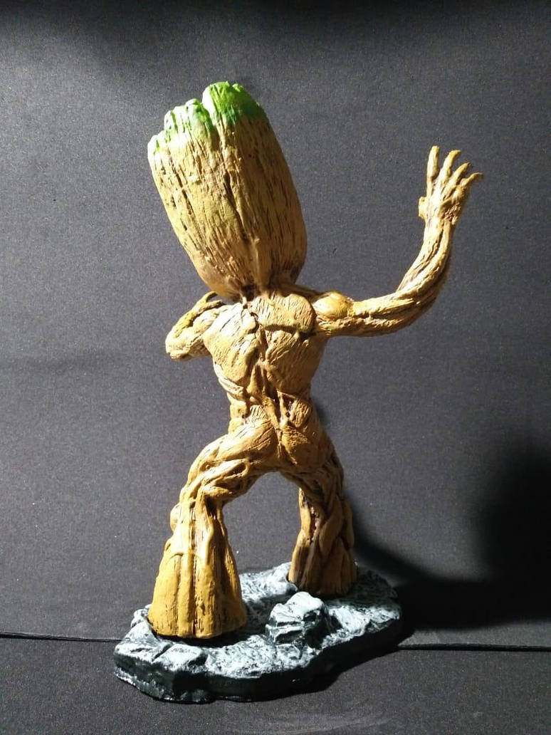 Back Groot by Brunoultimate