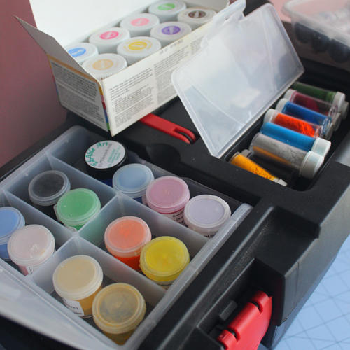Artiststoolbox03 by cakecrumbs