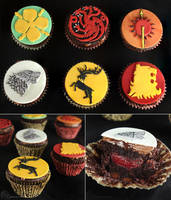 Game of Thrones Sigil Cupcakes by cakecrumbs