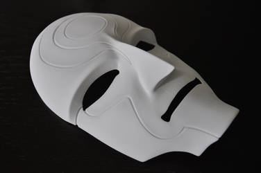 3D-Printed Amon Mask by Tenumbra