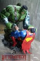 hulk vs Superman diorama by darededo