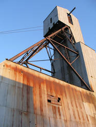 Ross Mine Headframe by GalCantHelpIt