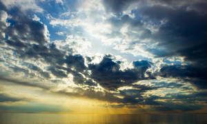 Cloud Break by CharlesLupo