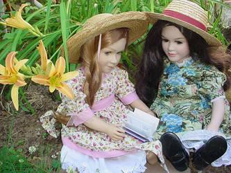Twinns in the flowers by QZinc
