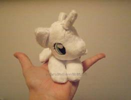 Itsy bitsy tiny Pony Plush by zuckerschnuti