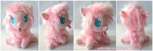 Baby Fluffle Puff by zuckerschnuti