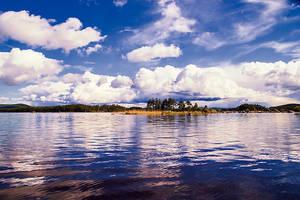 Amungen Lake by RobinHedberg