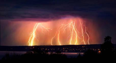 Lightning Power by DaXXe