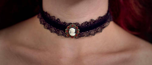 necklace - cameo on the lace by Sizhiven