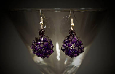 earrings - violet balls by Sizhiven