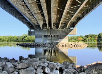 Under The Bridge by electricjonny