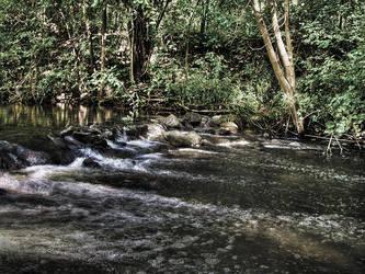 HDR Creek by electricjonny