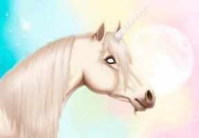 Unicorn by Avelynnn