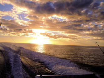 beautiful sunset northern aus by seanieisere