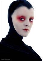 Alien Queen by almie