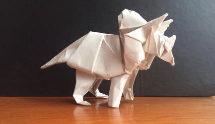 Origami Triceratops by casielles