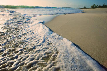 Ocean waves by SachaKalis