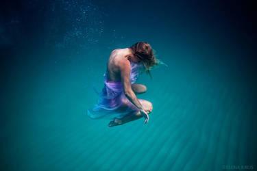 Deep to Deep - I'm Trading My Sorrows by SachaKalis