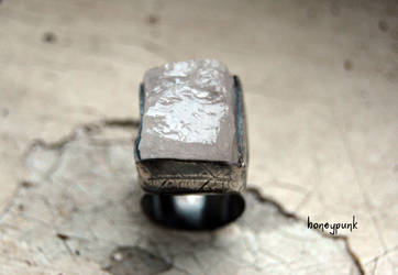 sterling silver ring with quartz by honeypunk