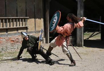 Swordswinging by Dewfooter