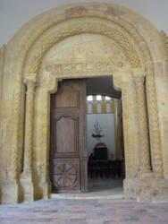 romanic dorway by Stockudith