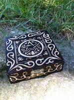 Pentacle Small Box by parizadhe