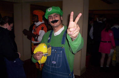 its that luigi dude..... by theif-of-ramen